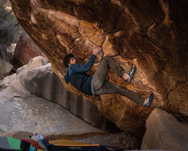 Nalle Hukkataival ripete Sleepwalker, 8C+ a Red Rocks