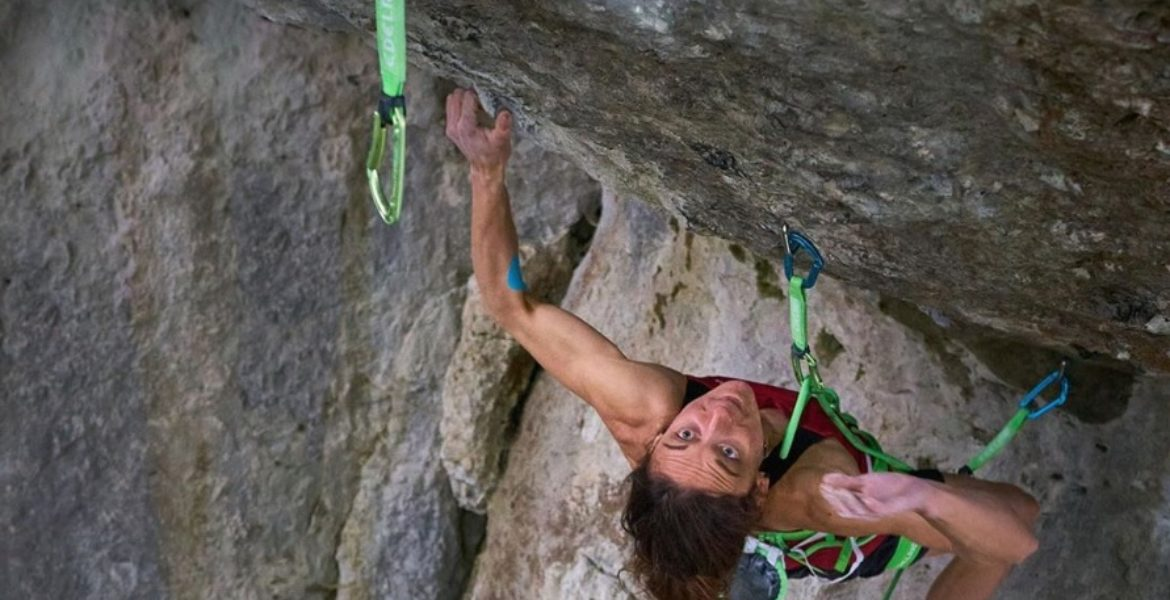 Première féminine d'Action directe 9a par Melissa Le Nevé ! – First female ascent of Action directe 9a by Melissa Le Nevé!