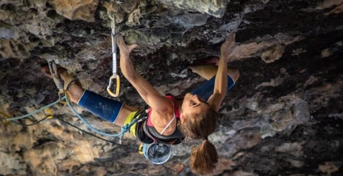 Laura Rogora réalise le second 9b féminin! – Second female 9b by Laura Rogora!