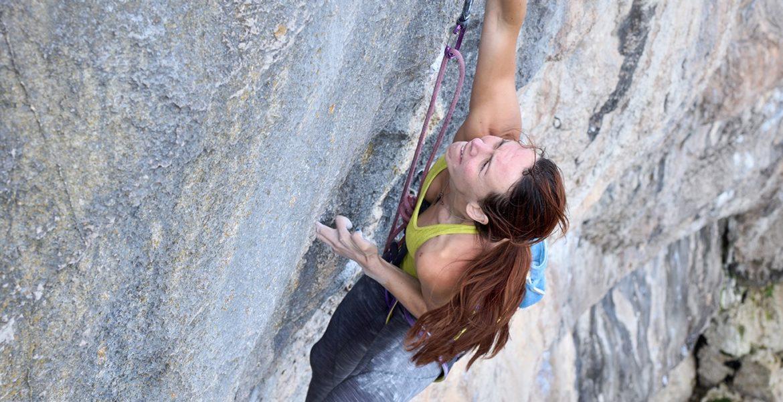 Emma Twyford réalise le premier 9a féminin britannique! – Emma Twyford climbs UK's first female 9a!