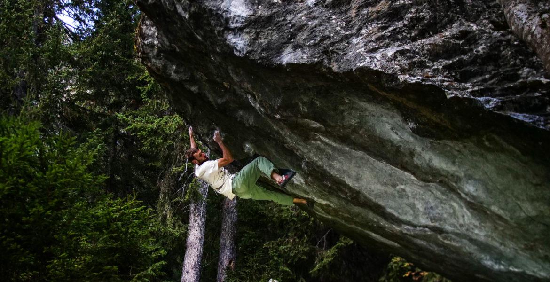 Clément Lechaptois libère Solitary Daze 8C – Solitary Daze 8C first ascent by Clément Lechaptois