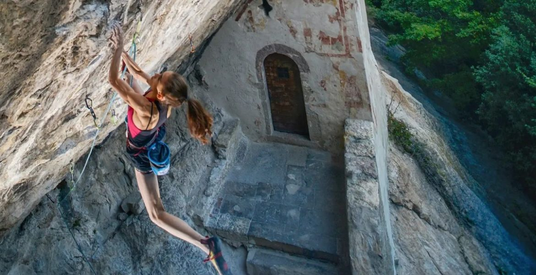 Laura Rogora réalise Erebor 9b/+ ! – Laura Rogora climbs Erebor 9b/+!
